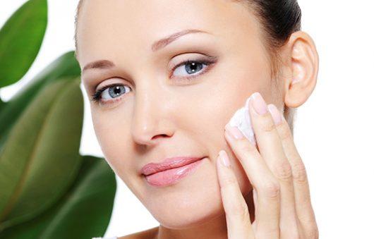 Как правильно лечить обветренную кожу?