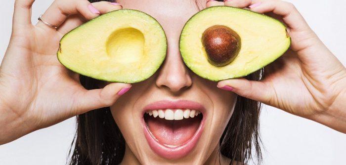 Маска для лица с авокадо и желатином