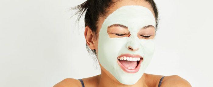 Смягчающая и омолаживающая утренняя маска