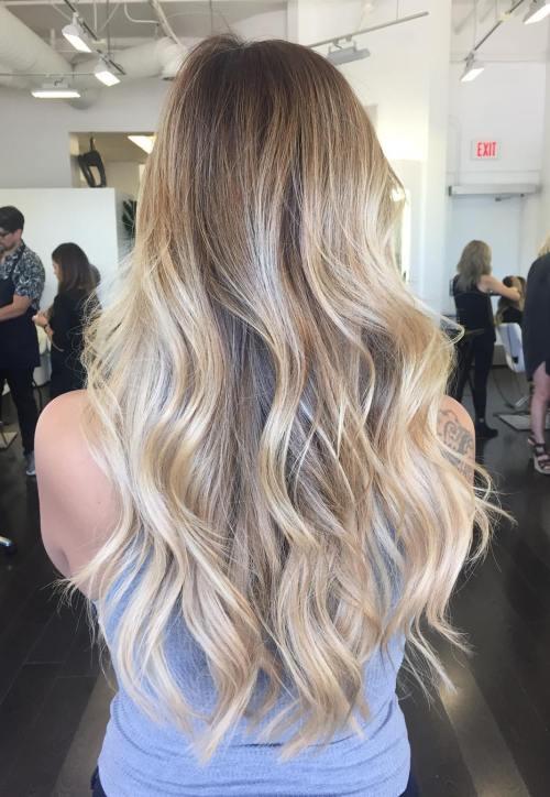 Волнистые длинные волосы балаяж омбре шатуш