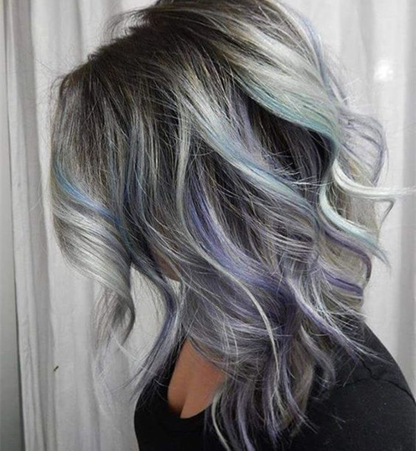 Приятная длинная прическа боб с серебристым, синим, фиолетовым оттенком, яркими волосами, цветом волос, вдохновляющим цветом волос, каштановыми волосами, черными волосами, радужным цветом волос, прической